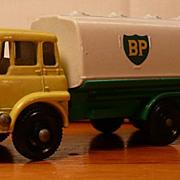 Matchbox #25c - Bedford Petrol Tanker - NB - ca. 1964-68