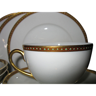 13-Piece Set of Bavaria, Germany, Hutschenreuther Selb, Heavily Gilded GOLD & Beaded Enamel Bone China