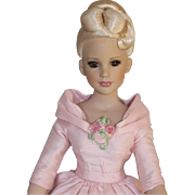 """18 Inch  """"KITTY  COLLIER""""  FASHION  DOLL  By  ROBERT  TONNER"""