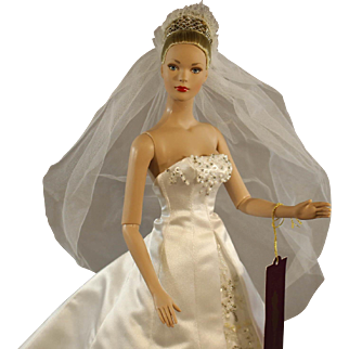 "Robert Tonner's 'Tyler Wentworth' Fashion Doll - ""Shea's Wedding Day"""