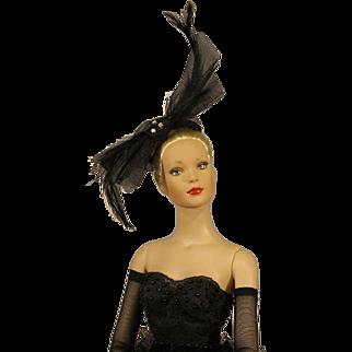 "Very Rare - Robert Tonner Fashion Doll - ""Cygne Noir"" - NRFB"