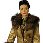 "Very Rare - Tonner Fashion Doll - ""Ensemble d'Or"" - NRFB"