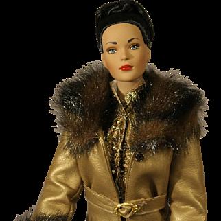 """Very Rare - Tonner Fashion Doll - """"Ensemble d'Or"""" - NRFB"""