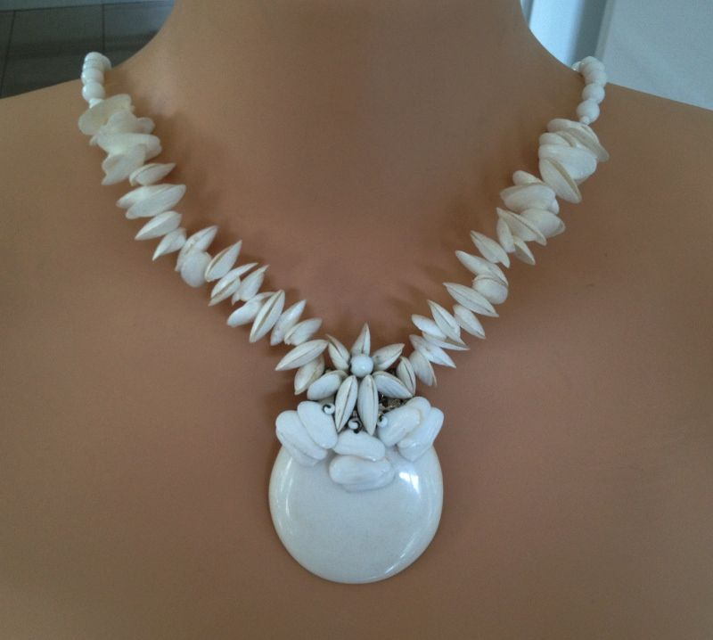 Vintage Miriam Haskell Seashell Milk Glass Necklace