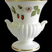 Wedgwood Wild Strawberry Bone China Mini Vase Made in England, Mint condition
