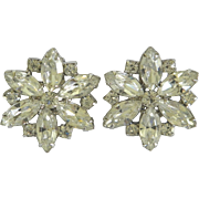 Vintage WEISS Bejeweled Crystal Rhinestone Star Shaped Clip-On Earrings