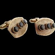 Gentlemans 12kt vintage sapphire cufflinks.