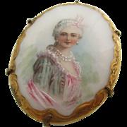 Ladies Victorian Limoge porcelain portrait pin/pendant