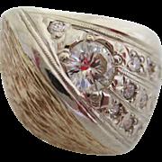 Gentlemans vintage 14kt diamond comet ring.