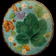 Majolica Wedgwood Strawberry/Leaf/grapes Beautiful Plate
