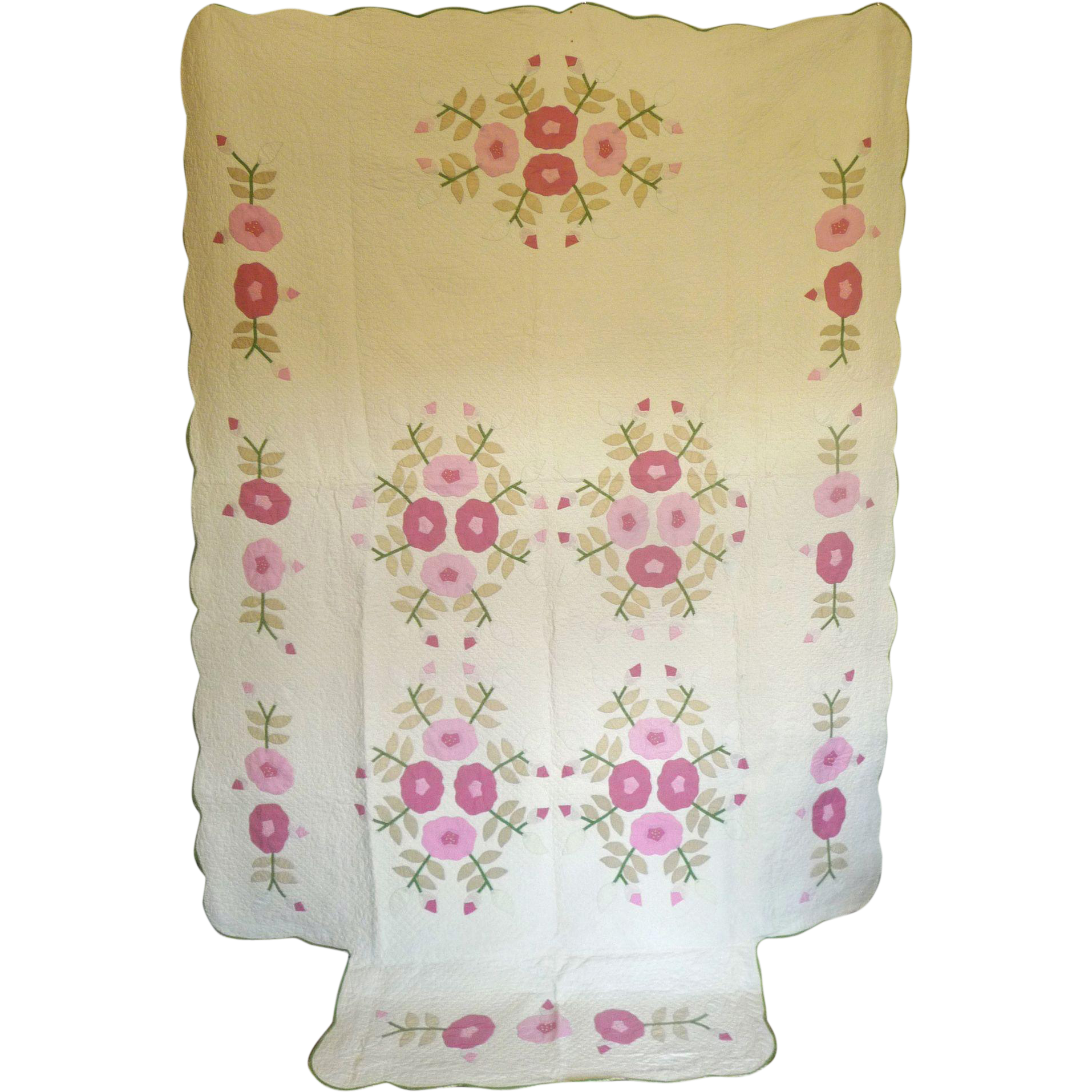 2 applique quilts roses shabby chic great quilting very pretty quilts sold on ruby lane. Black Bedroom Furniture Sets. Home Design Ideas