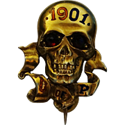 1901 14K University of Pennsylvania Skull Pin Fraternal