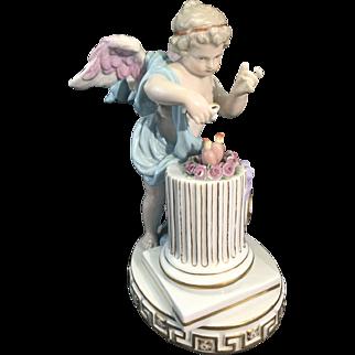 Meissen Germany Porcelain Cupid Cherub Putti Figurine W Hearts Je Met Le Calme