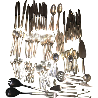 Vintage Oneida Heirloom Sterling Silver Flatware Lasting Spring 164 Pieces W Optional Asian Wood Chest