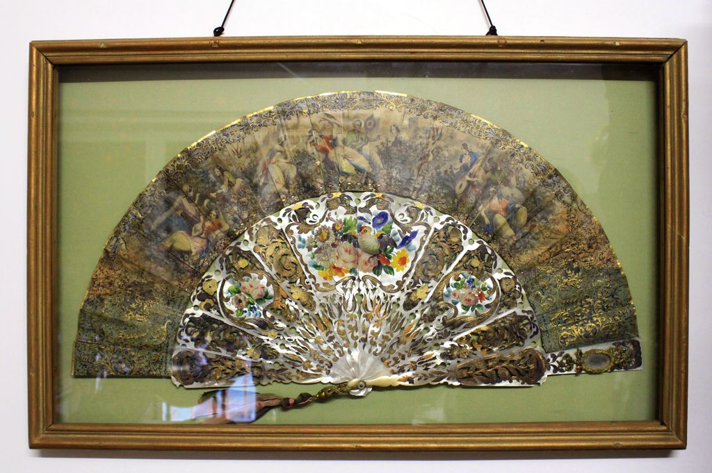 Exquisite French Fan in Shadowbox Frame, Pierced mother of pearl sticks, Elaborate Rocaille Decoration, and late 18th to the early 19th century