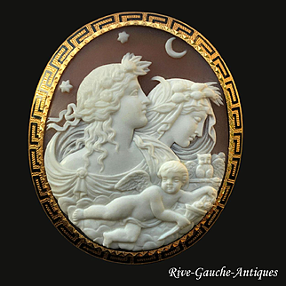 Superb 18kt large Museum Quality Victorian Shell Cameo brooch of Day (Dawn) and Night