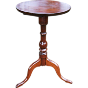 18th Century Antique Colonial Federal Period Queen Anne Cherry Candle Stand Table Snake Feet