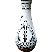 Black and White Southwest Contemporary Native American Zia Pueblo Signed Gallery Pottery Jar Vase