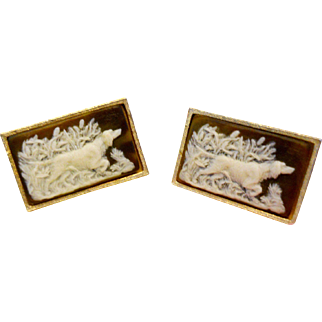 Vintage Museum Dante Carved Cameo Rare Artisan Signed Hunting Dog Cufflinks