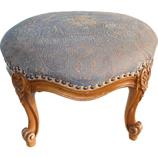 1910s Overstuffed Bergere Carved Round Footstool Ottoman