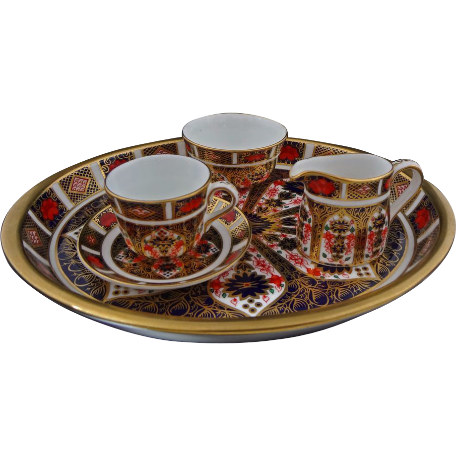 Tea Set Royal Crown Derby Miniature Old Imari Porcelain Tray, Cup, Saucer, Creamer and Open Sugar Bowl - 20th Century England