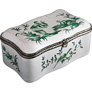 Veuve Perrin Faience Chinoiserie Snuff Box Silver Mount - 18th Century, Marseille, France