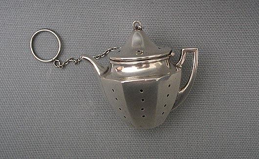 Teapot Shaped Tea Ball