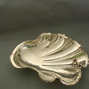 Large Buscellati  Styled Italian Sterling Shell Shaped Serving Dish