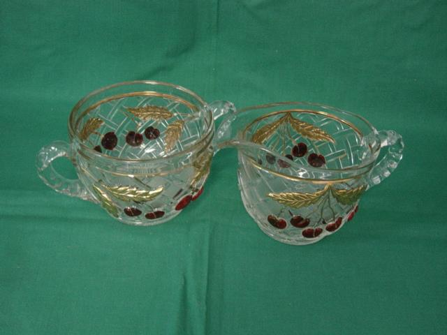 Cherries And Gold Lattice Glass Creamer And Sugar