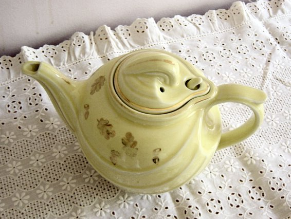 Vintage Hall Teapot In The Parade Design