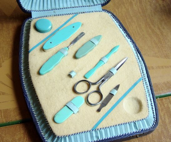 Vintage Manicure Set In Case