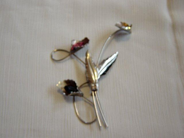 Silver Brooch With Bent-Wire Flowers