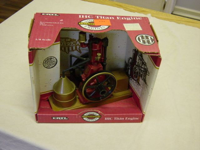 Vintage Ertl IHC Titan Engine In Box
