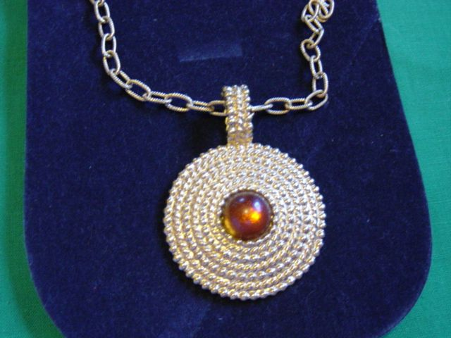 Vintage Bright Gold Drop Pendent Necklace