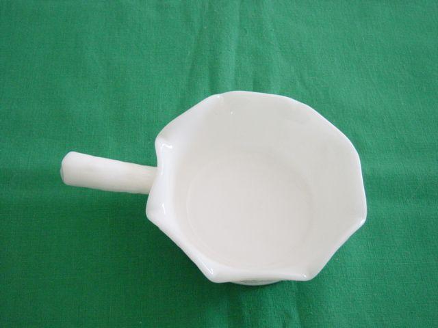 Westmoreland Milk Glass Hands Dish Grape Pattern