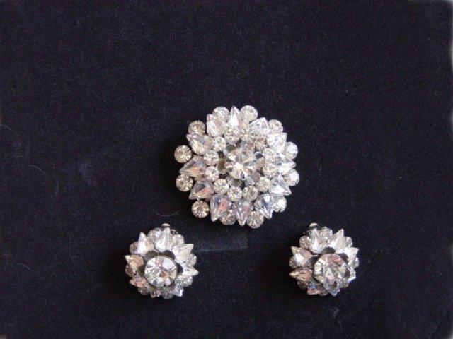 Vintage Judy Lee Rhinestone Brooch / Earrings Set
