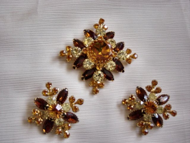 Judy Lee 3 Colored Stones Brooch And Earrings Set