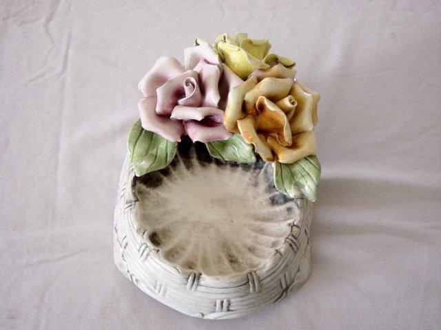 Capodimonte Soap Dish In Basket Weave Pattern