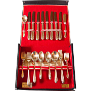 Wm. Rogers International Silver plate Service for 8, in Box