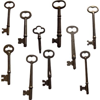 10 Assorted Vintage Skeleton Keys