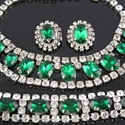 Beautiful 1950's Green Rhinestone Parure