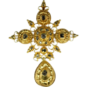 17th Century 18k yellow gold and diamond cross c.1650