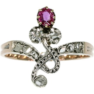 Victorian antique 18k red gold ring with ruby and rose cut diamonds