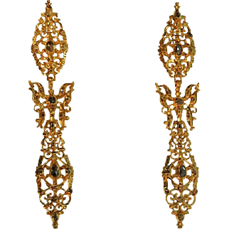 Antique Gold and Diamond Dangle Earrings ca.1730