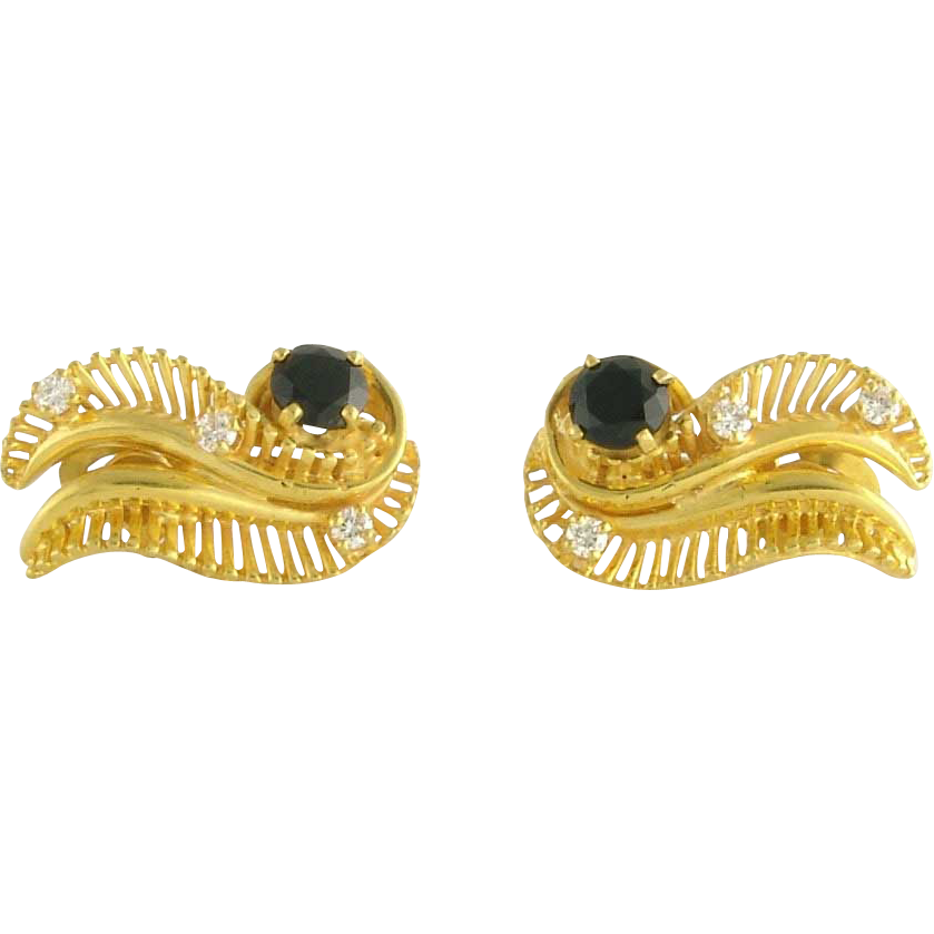 Stylish Vintage Retro 14k Gold Onyx Diamond Earrings