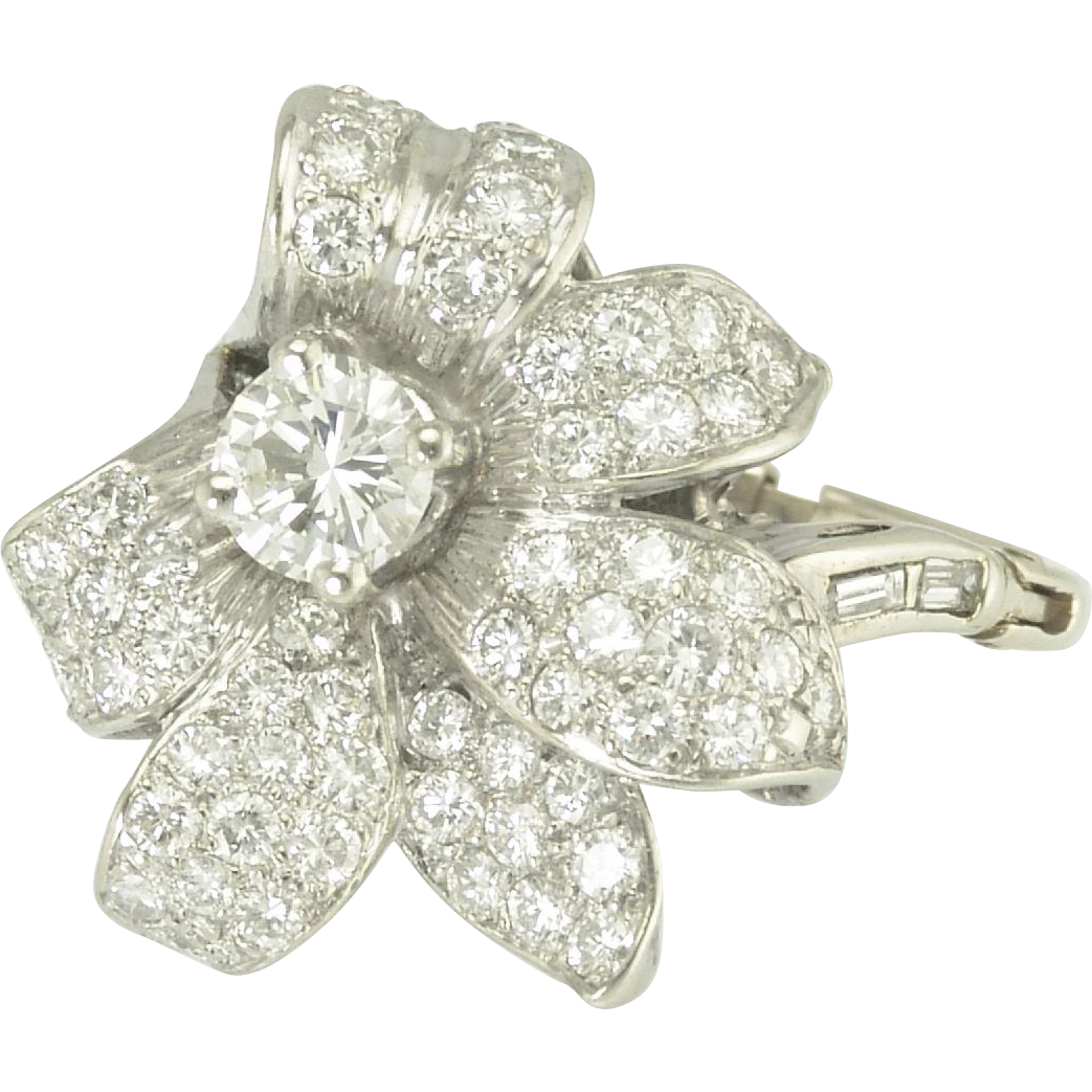 Beautiful Estate Diamond Flower Cocktail Ring in Platinum