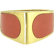 Stylish Mid-20th Century Coral Ring in 18k