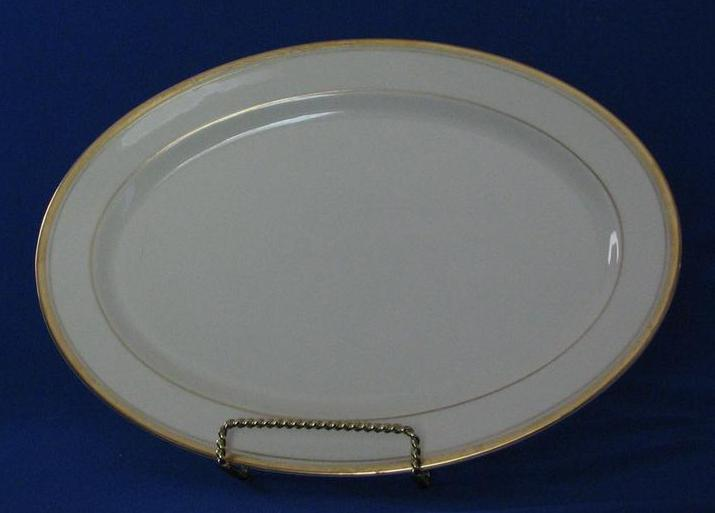 "Syracuse China ""Monticello"" Medium Sized Platter"
