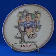 1977 Goebel Annual Hummel Christmas Plate