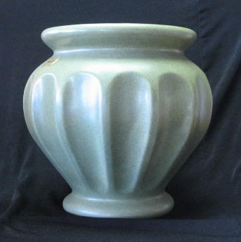 Haeger Speckled Green Urn Shaped Planter